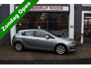 Opel Astra 1.4 Turbo Cosmo TOP STAAT ,LEDER,NAP !!!