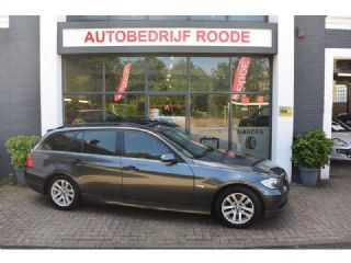 BMW 3 Serie Touring 320d High Executive GLAZENDAK,NAVI,LEDER,VOL OPTIES,XENON,PDC !!!
