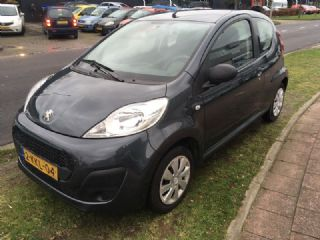 Peugeot 107 1.0 Access Accent Airco NW APK BJ 2013 !!!