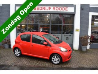 Toyota Aygo 1.0-12V + 5-DRS AIRCO,LMV,TOP STAAT!