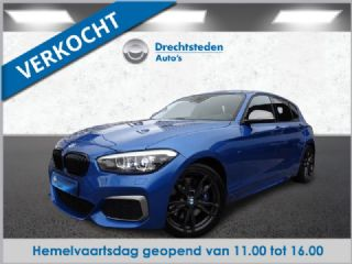 "BMW 1 Serie M140i xDrive Special Edition 340PK! Schuifdak! Leer! Camera! Harman/Kardon! AdaptiveLED! 18""Inch! Carplay! 1ste Eigenaar!"