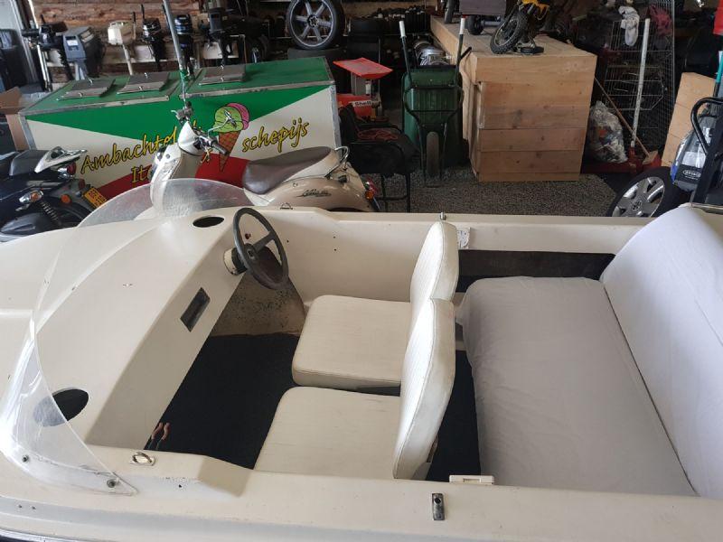 Boot 5 Persoons Speedboot - Mooie Beekman 5 Persoons Speedbootje - 1 ...