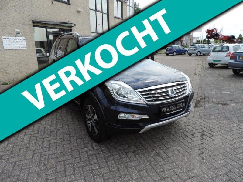 Ssang Yong Rexton RX 220 e-XDI Sapphire Van Automaat Full Options