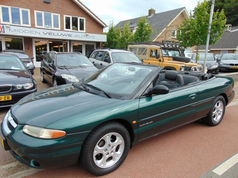 Chrysler Stratus occasion - Midden Veluwe Auto's