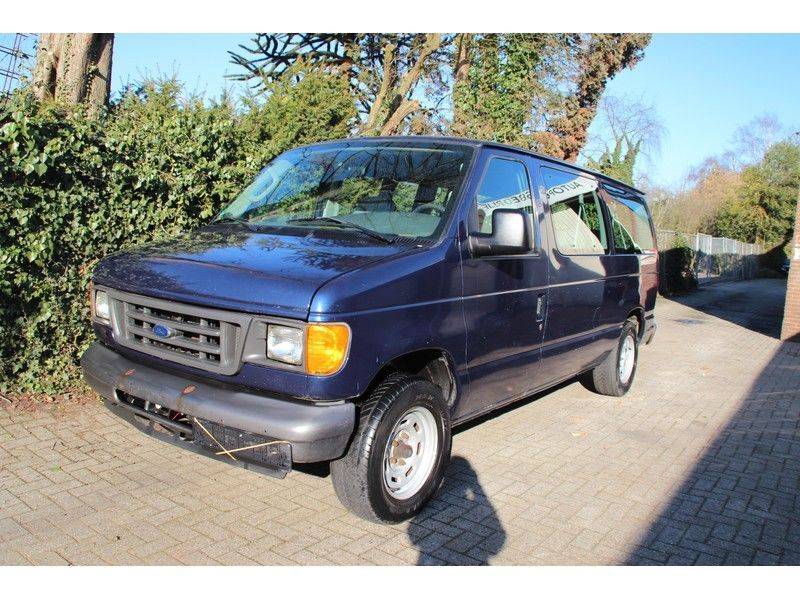 Ford USA Econoline occasion - Carshop Eindhoven B.V.