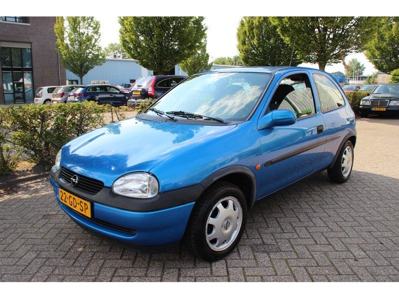 Opel Corsa occasion - Carshop Eindhoven B.V.