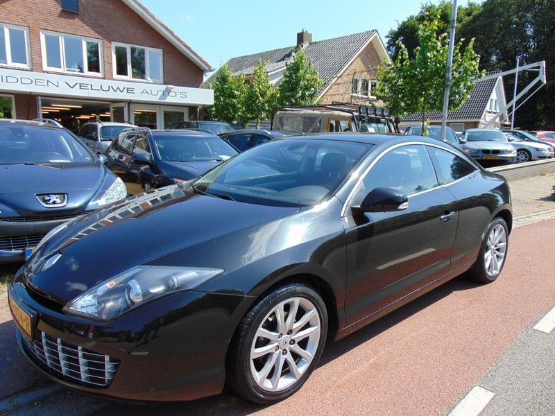 Renault Laguna Coupe occasion - Midden Veluwe Auto's