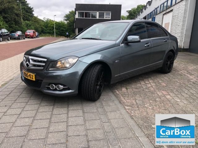 Mercedes Benz C-Klasse occasion - CarBox Cleaning
