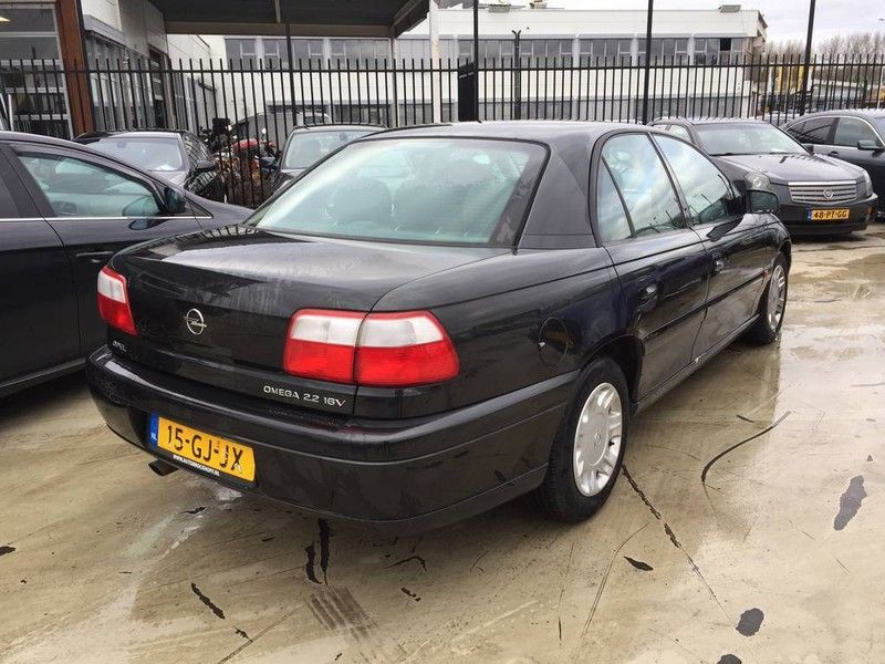 Opel Omega occasion - Jet Cars