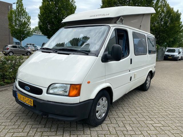 Ford TRANSIT 80 KAMPEERAUTO camper / westfalia apk tot 11-2020 occasion - Carshop Eindhoven B.V.